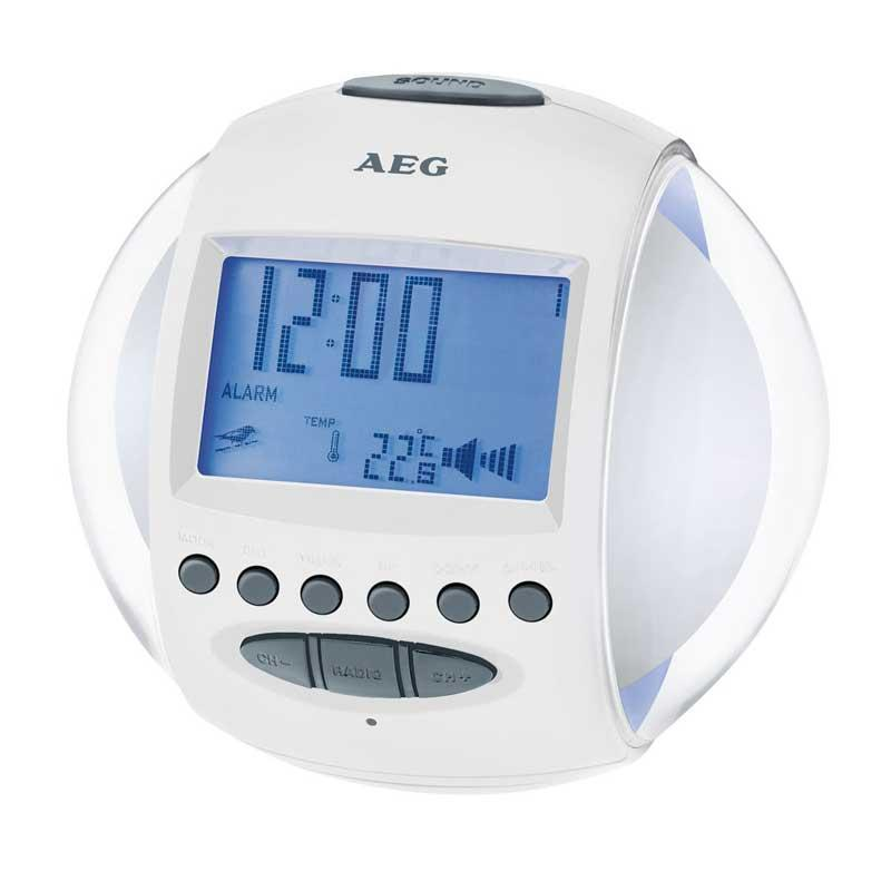 Radio reloj despertador AEG MRC4117 - Luz cambiante - Despertador con radio AM-FM con 6 Memorias, antena bipolar, indicador digital de la frecuencia. Funciones de despertador 2 horas de alarma con 3 Posibilidades 1, 2 ó 1+2. Opción sonido natural - 6 sonidos - o melodía - 5 melodías - y parpadeo luz de color cambiante de 7 colores diferentes. Fecha y temperatura en pantalla. Función repetición alarma entre 5 y 60 minutos. Conexión: incluye adaptador de red 100-240v. 4,5 v. DC. Funcionamiento con batería: 3xAA 1,5v. no incluidas.