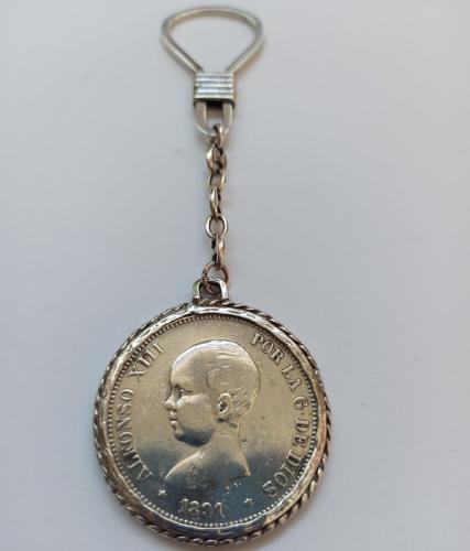 Llavero de Plata Ley con Moneda de Alfonso XIII Rey Const. de España 1891