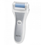 """Maquina para eliminar durezas y callos pies AEG PHE5642 - Práctico eliminador de callos y durezas de los pies AEG PHE 5642. Rodillos recubiertos para una fácil eliminación de callos, evitando dañar la piel normal. 4 rodillos intercambiables de diferentes colores - uso higiénico para varias personas -. Cambio rápido de rodillo """" sistema clic """". Rodillo giratorio de 360°, 30 veces por segundo. Mango ergonómico. Elimina y suaviza la piel seca y áspera de pies, manos, codos, etc. Alcanza incluso lugares de difícil acceso. Más suave, más rápido, más eficaz y más seguro que las limas o raspadores metálicos. Cepillo de limpieza incluido. Colores: gris, azul o lila. Funcionamiento con batería: 2x 1,5v AA-LR6 - baterías no incluidas -"""