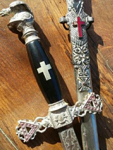 Antigua Espada ceremonial Masónica - Templaria
