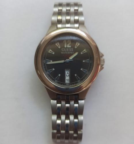 Reloj Pulsera Vintage GUESS WATERPRO - Calendario - Made in Japan