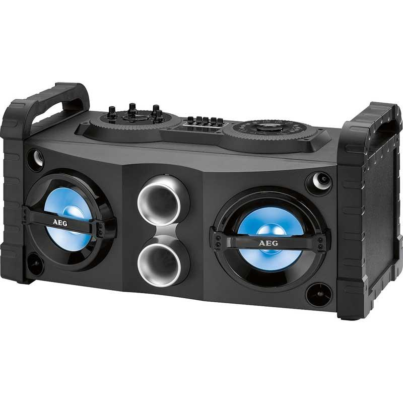 Altavoz Bluetooth Karaoke Aeg EC4835  - Sistema de Karaoke estéreo con Bluetooth. Incluye puerto USB, AUX-IN. Posibilidad selección de 7 luces de colores, iluminación regulable. Amplificador de sonido de 5 bandas para ajuste continúo sonido, 2 x altavoces con efecto bajo pasivos y 2 altavoces de agudos, 2 x 50 W. Pantalla de cristal líquido negativo. Función karaoke con micrófono, 2 x conexión del micrófono - 3,5 mm -. Altavoz con 2 asas para facilitar el transporte. Ideal para la conexión inalámbrica a través de Bluetooth con alcance de 15 metros, por ejemplo, con el teléfono inteligente, tablet PC o cualquier otro dispositivo Bluetooth. Sintonizador de radio PLL FM - FM estéreo, memoria de emisoras y pantalla digital de frecuencia. Entrada de audio para la conexión al PC, ordenador portátil, teléfono inteligente, reproductor de MP3, reproductor de CD, reproductor de casetes, etc. a través de la salida de auriculares de los dispositivos. Smartphone, etc., no incluido. Voltaje AC: 100-240v, 50-60hz. Incluye cable alimentación. Medidas:62,8 x 32,7 x 33,5 cm.( NO Envio Contrareembolso ).