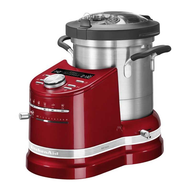 Robot cocina Kitchenaid 5KCF0104 ECA Procesador de cocina - Rojo - El nuevo Robot cocina Kitchenaid 5KCF0104 ECA color rojo es un procesador de cocina - todo en uno - de diseño exclusivo y moderno con bol de cocción de acero inoxidable de 4,5 litros, con mangos ergonómicos, tapa articulada y abertura para incorporar alimentos. Este cook processor de la prestigiosa marca americana permite crear una gran variedad de preparaciones culinarias, desde las más simples a las más complicadas, y cocinar deliciosos platos para familias grandes o pequeñas. La herramienta ideal tanto para cocineros noveles como para los mas exigentes o profesionales. Con los robots de cocina Kitchenaid de elevadas prestaciones y calidad podrá ahorrar tiempo de elaboración aumentando la rentabilidad y productividad en la cocina al permitir en un solo electrodoméstico: Trocear, triturar, picar, remover, amasar, mezclar, montar y emulsionar. Y ademas también cocinan: estofar, freír, hervir y cocer al vapor. ¡ El mejor robot de cocina del mercado ! - ENVÍO GRATIS - Ver Detalles y VÍDEO -.