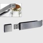 Pendrive Original Abrebotellas - 4 Gb - memoria USB - Pendrive Original Abrebotellas  - 4 Gb - memoria USB. Elegante acabado. Material Metal. Peso 42 gr. Dimensiones: 75x18x9 mm.