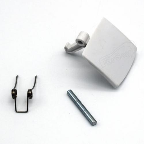 Tirador puerta lavadora Balay, Bosch, Crolls, Linx, Siemens, Superser - Ver modelos - Tirador para puerta de lavadora de varias marcas, maneta cierre escotilla de repuesto compatible con modelos de: Balay, Bosch, Crolls, Linx, Siemens, Superser. - Consultar antes Marca y Modelo en Detalles -. + Características: - Para apertura de lavadora. - Muy fácil instalación. - Material: plástico ABS. - Color: blanco. + Nota: Imagen orientativa, puede variar a criterio del Fabricante.