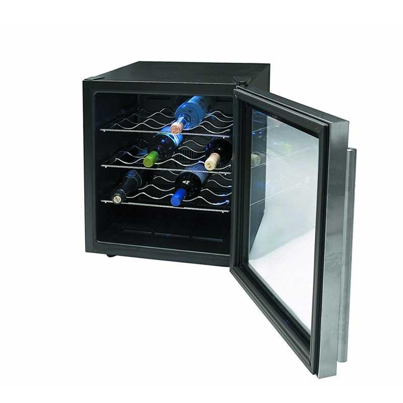 Vinoteca armario refrigerador Lacor 69071 Inox Line - 16 botellas - Refrigerador eléctrico Vinoteca tipo armario con capacidad para 16 botellas de la serie Inox Line de Lacor. Vinoteca diseñada para refrigerar eficazmente botellas de vino y otras bebidas. Puerta de acabado en acero inoxidable. Control electrónico de temperatura, termostato regulable. Incorpora una práctica luz interior. Nivel de ruido inferior a 30 decibelios. Botellas: 16. Potencia: 70 W. Volumen: 45 Litros. Temperatura: 12-16ºC. Medidas: 49x51x48 cm. Peso: 15,50 Kg. +( NO Envío Contra-reembolso ).- Ver Detalles -.( ENVIÓ GRATIS ).